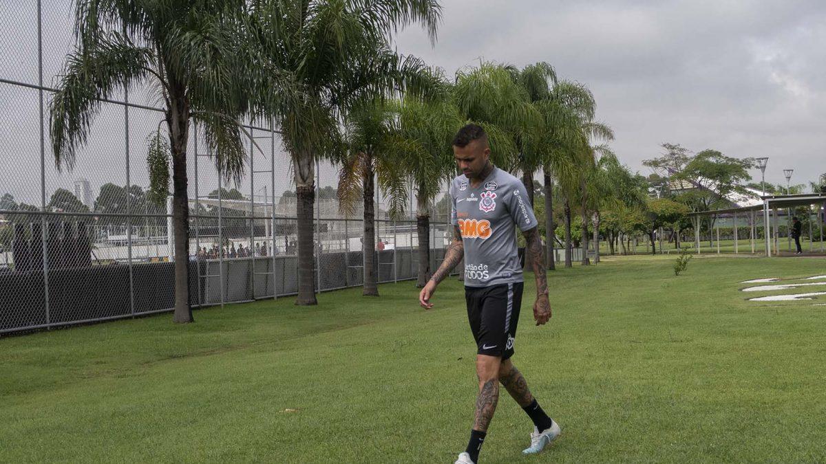 Luan e Camacho avaliam estreia do Timão na Pré-Libertadores