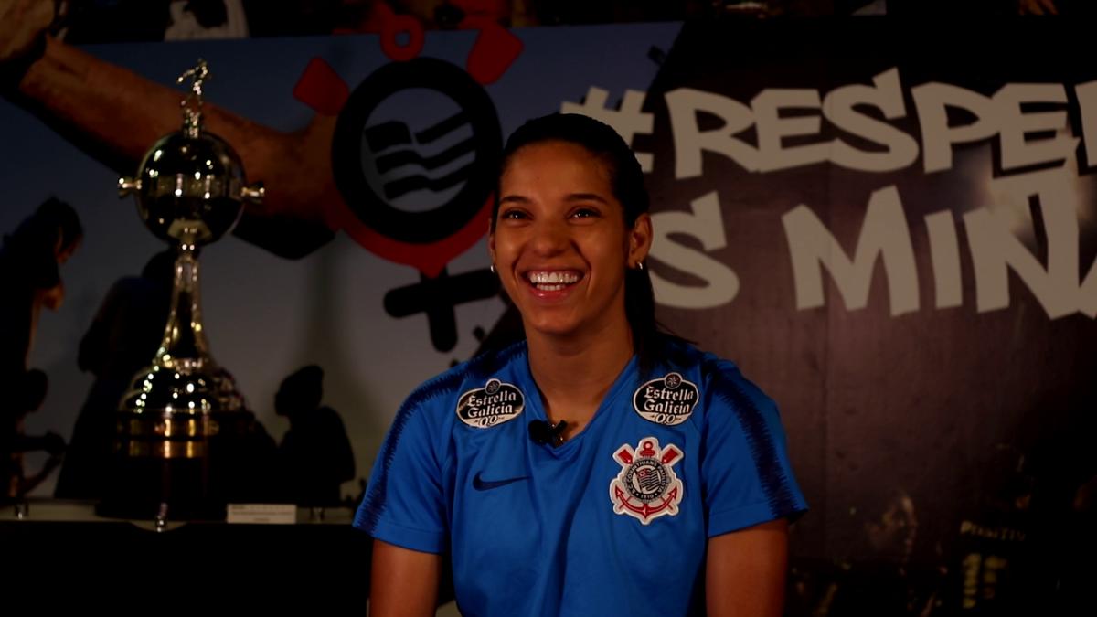 """""""Tenho um amor inexplicável pelo Corinthians"""", diz Millene"""