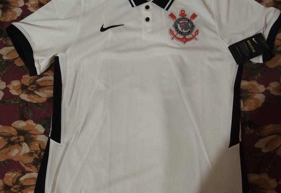 Vaza foto de suposta nova camisa do Corinthians